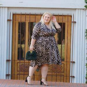 Dresses - Silky leopard dress